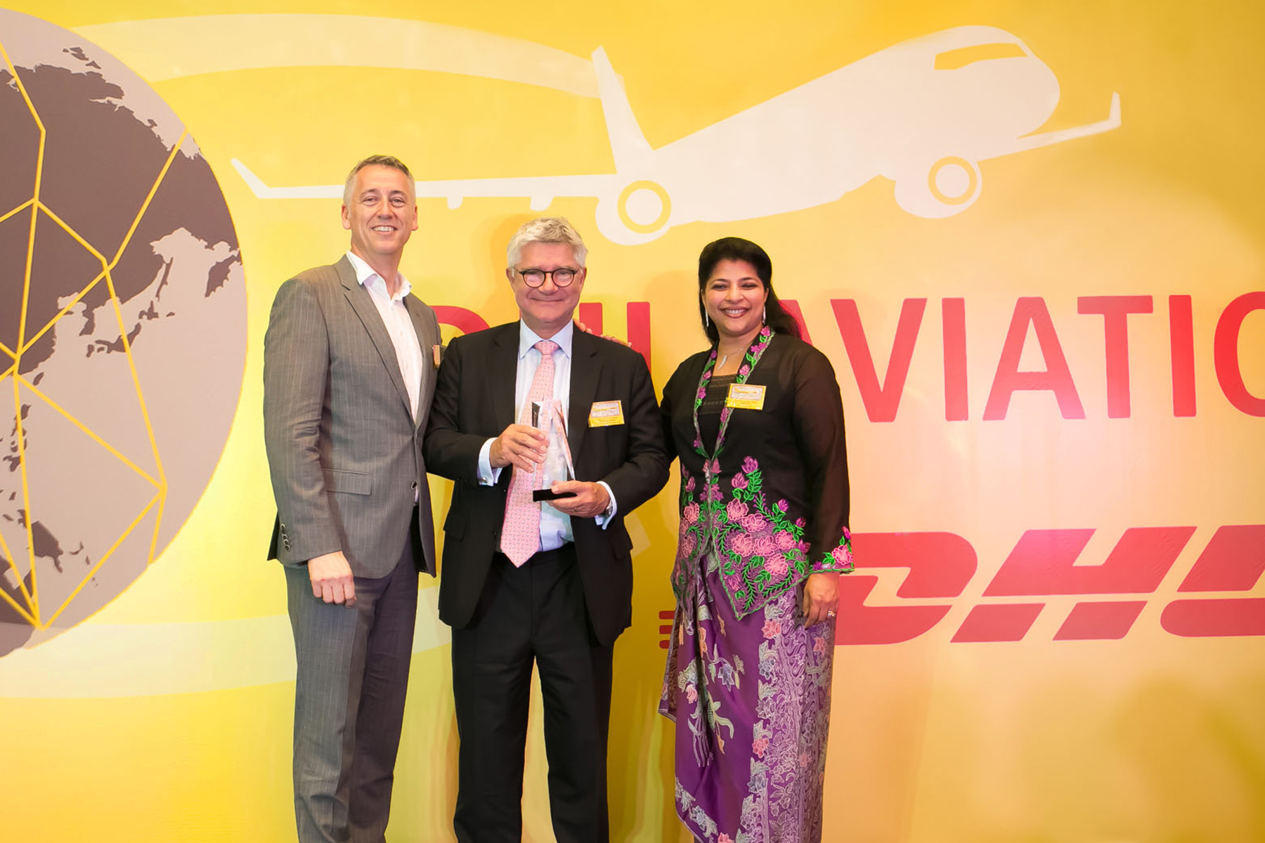 dhl performance Our brand in the logistics industry - how dhl become the logistics company for the world .